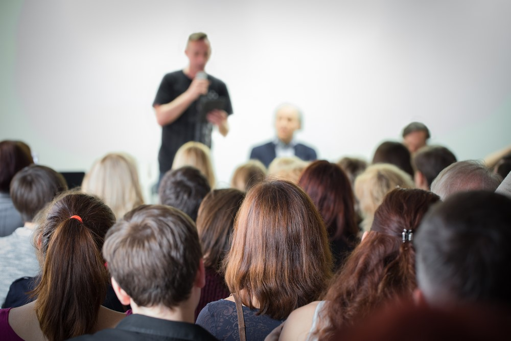 Keys to Being a Better Public Speaker and Beating Your Anxiety |  MastersInCommunications.org